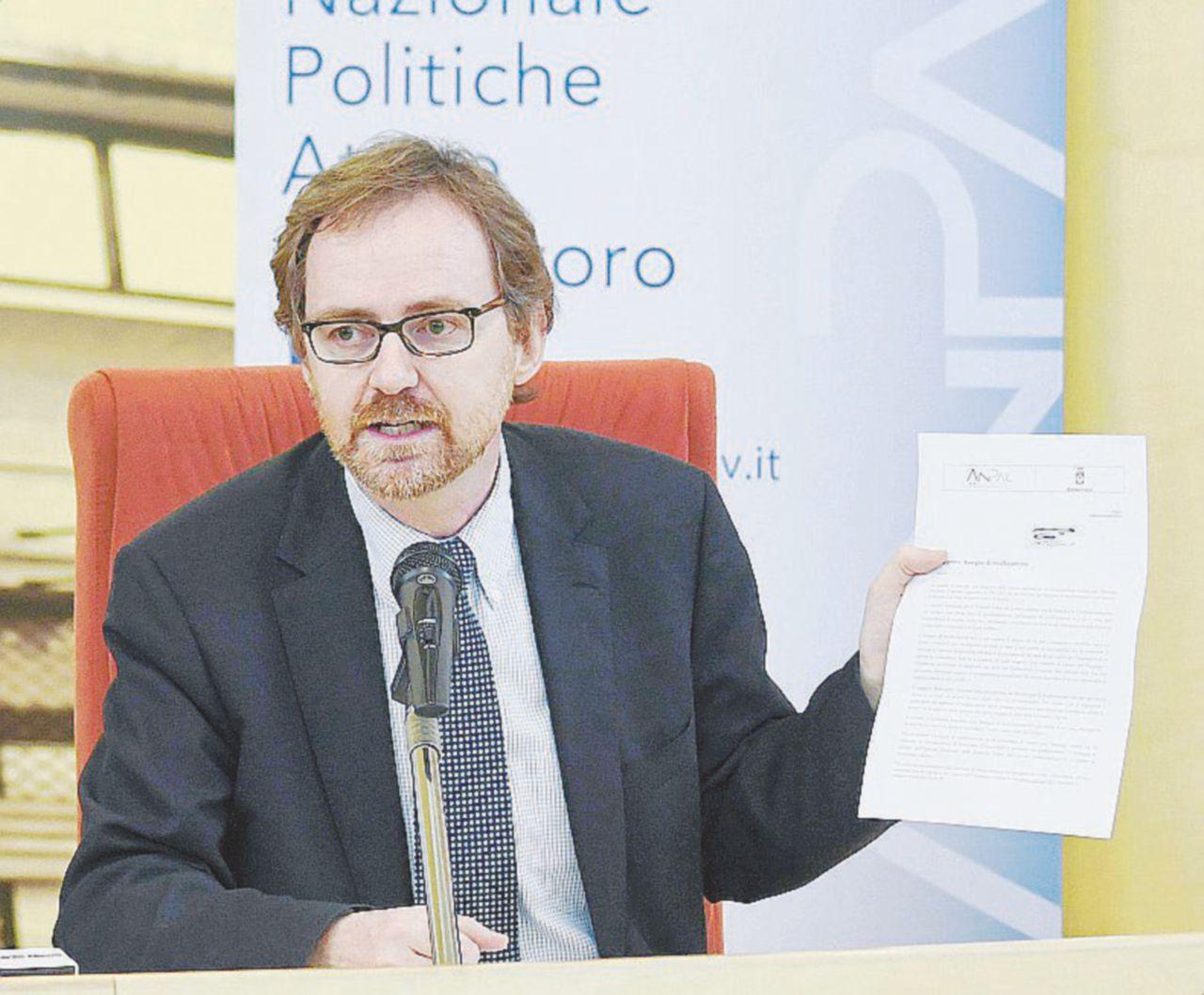 Conte: reddito cittadinanza commisurato a nucleo famigliare