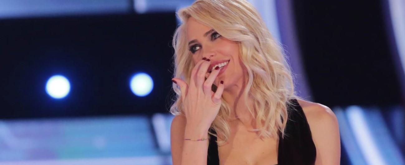 """Mediaset, la conduzione delle """"notti mondiali"""" va a Ilary Blasi. E nei corridoi del Biscione c'è un po' di maretta…"""