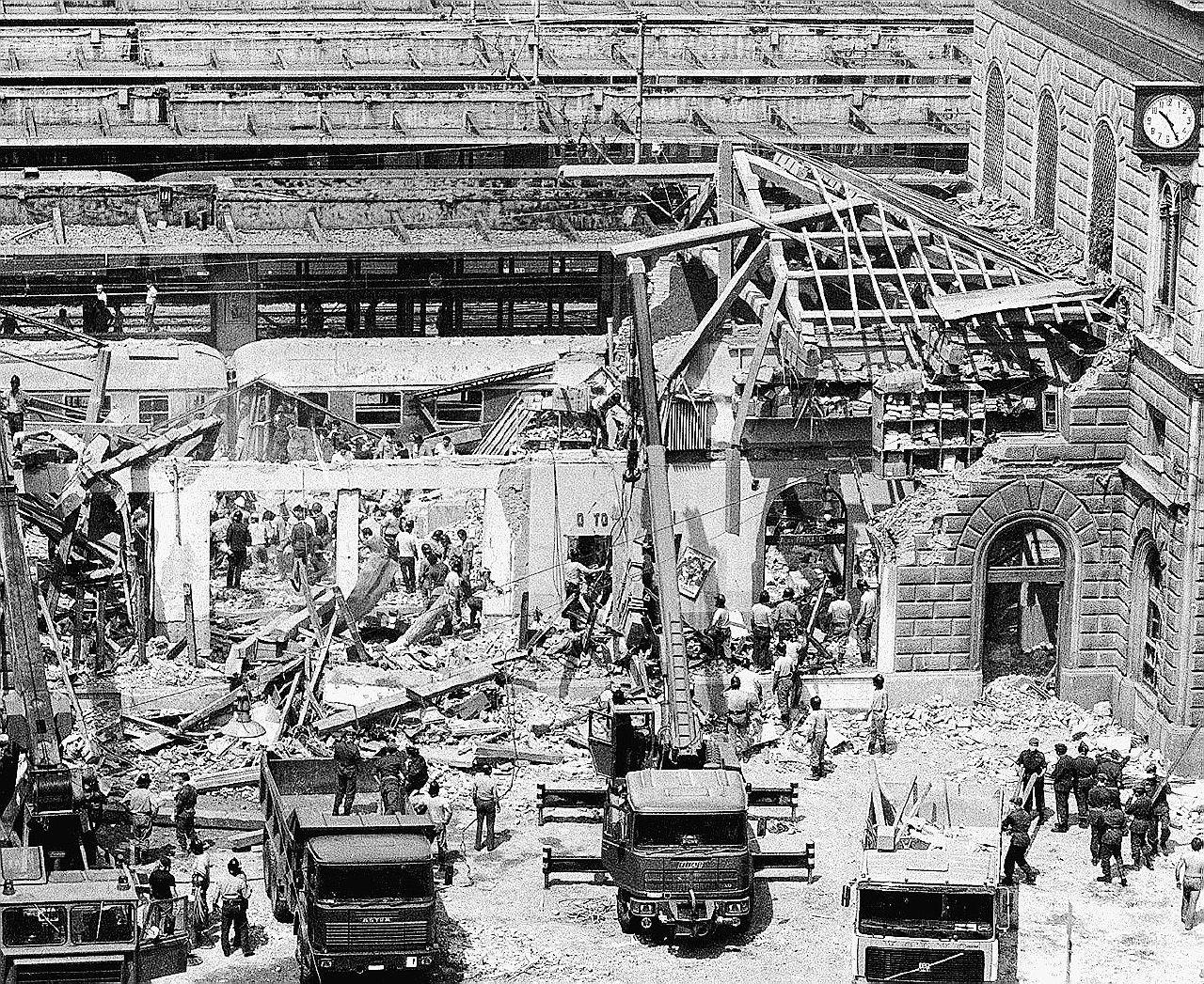 """Bologna, la """"verità"""" di Pazienza: """"La bomba l'ha messa Gheddafi"""""""