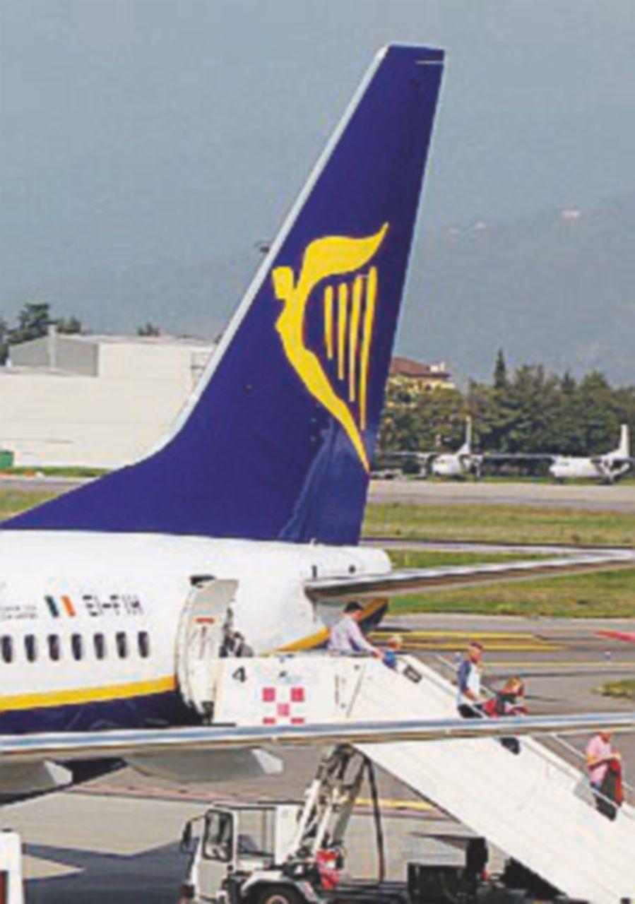 Voli cancellati, l'Antitrust multa Ryanair: 1,85 milioni