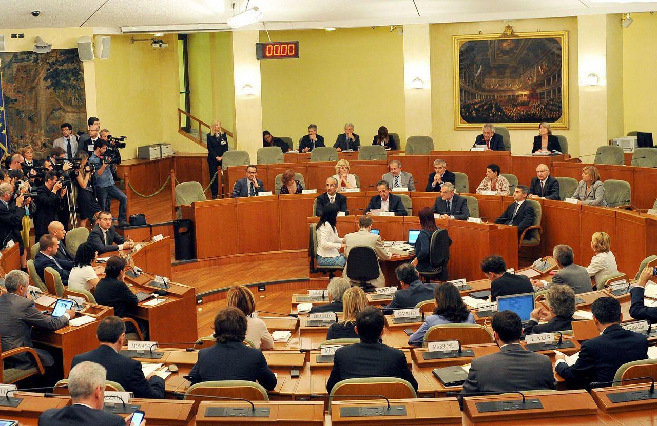 Nuove accuse di peculato per 3,3 milioni ai consiglieri del Piemonte del 2008-2010