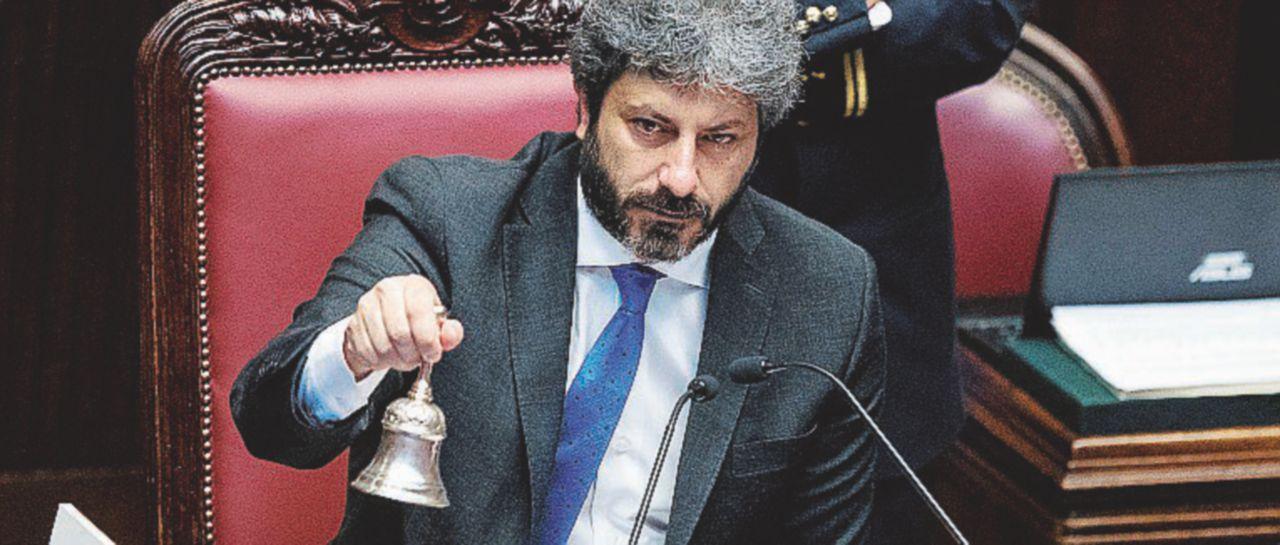 """Fico stoppa Salvini: """"Lo Stato è vicino alle Ong e a chi soffre"""""""