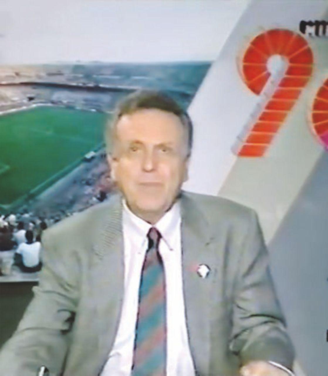 """Pallone, cravatte e lauree. Quando """"90° Minuto"""" era il calcio (dopo lo stadio)"""