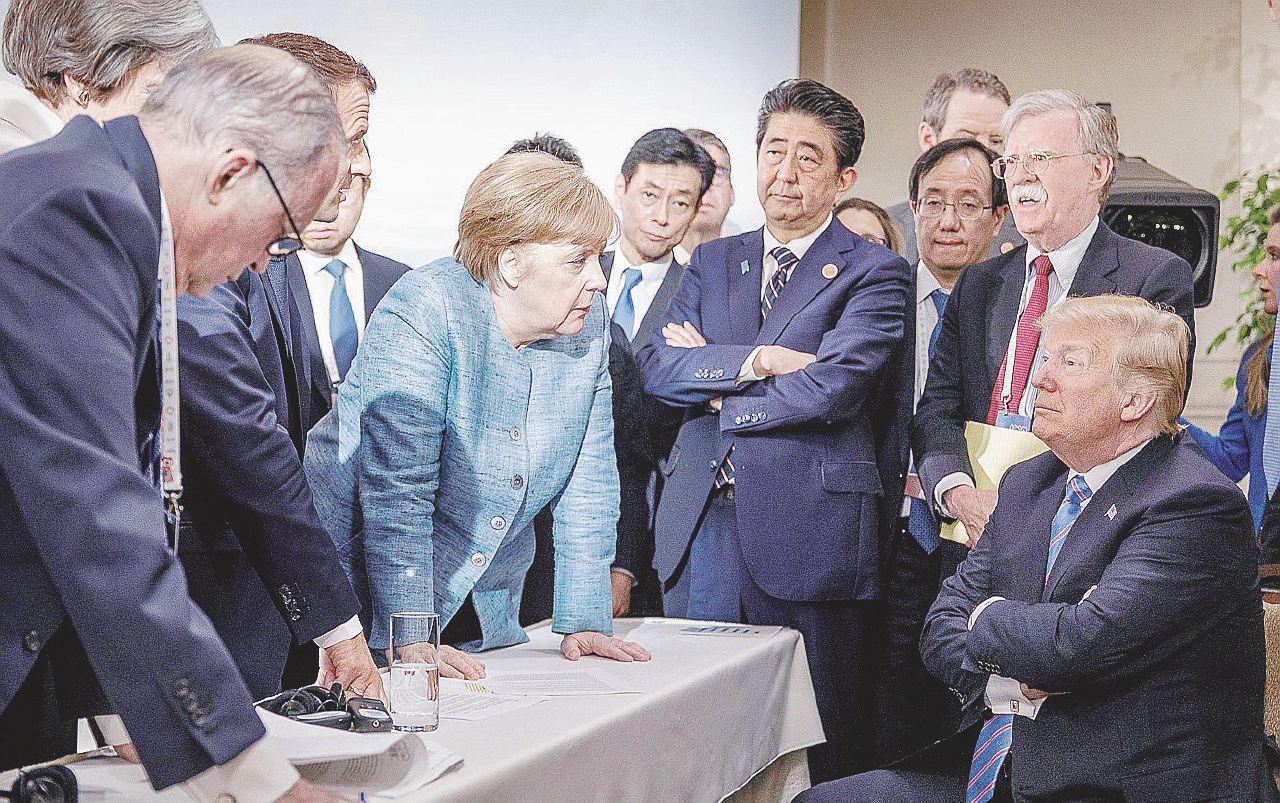 Trump si alza e se ne va. Il G7 finisce in pareggio