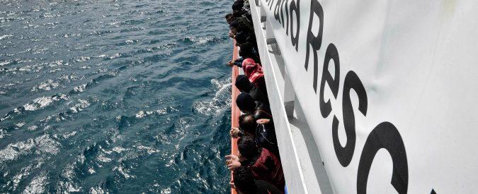 Aquarius, lasciare 629 migranti in mezzo al Mediterraneo per vedere chi vince