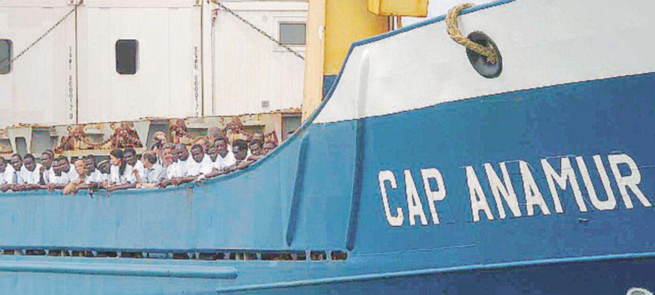 Nel 2004 e nel 2009 altri scontri con Malta. Regole e procedure del soccorso in mare