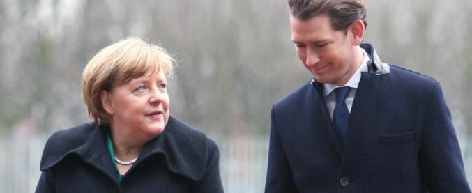 """Migranti, incontro Merkel-Kurz. Cancelliera: """"Ue sia unita"""". L'austriaco: """"Decidiamo noi chi arriva, non scafisti"""""""