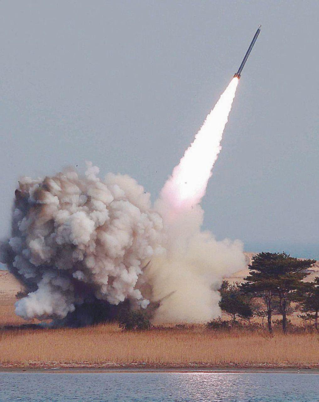 Su bombe e missili solo promesse: il patto col diavolo