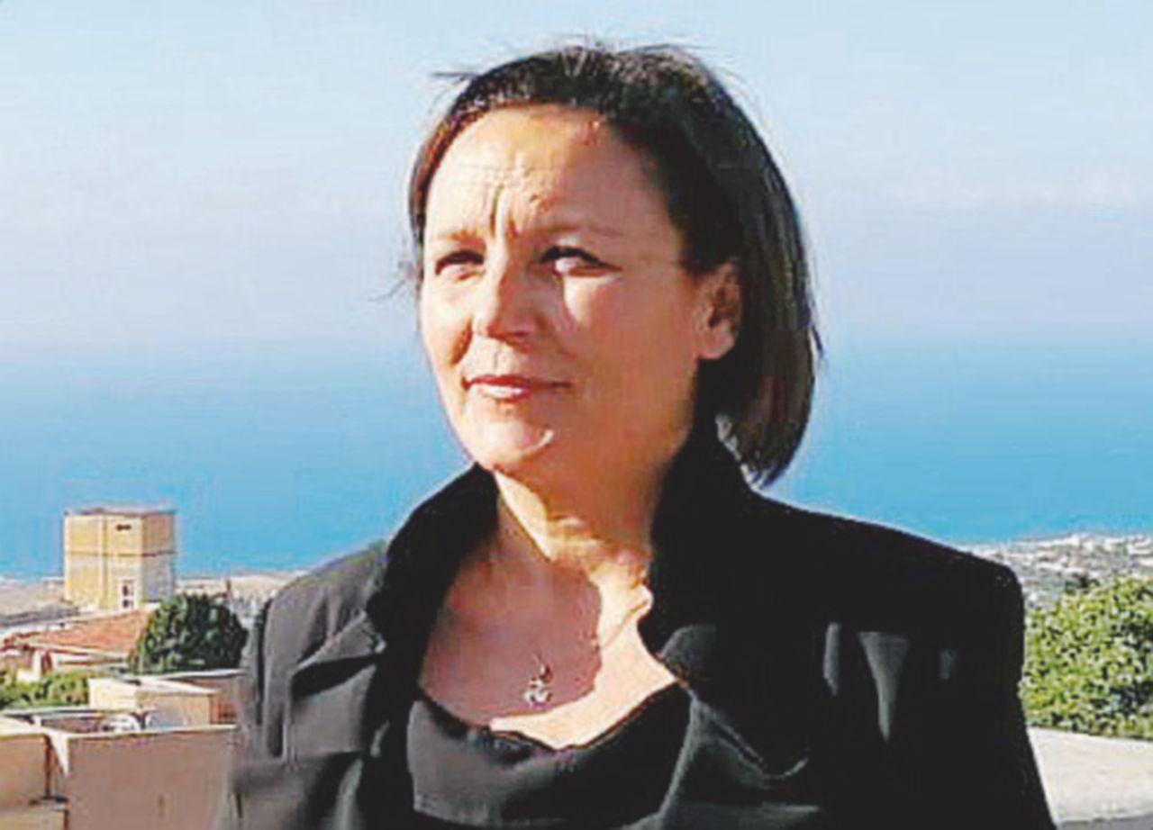 """Piera Aiello, testimone di giustizia, si fa fotografare: """"Eccomi, non ho paura"""
