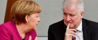 Germania, la questione migranti spacca il governo Merkel: ministro Seehofer tira dritto e mette a rischio riforma Dublino