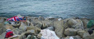 """Ventimiglia, Oxfam contro la polizia francese: """"Taglia le suole delle scarpe ai minori per non far passare il confine"""""""