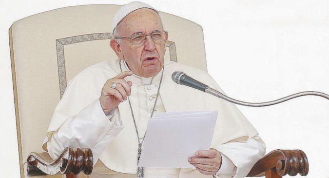 """""""Nazisti coi guanti bianchi"""". Bergoglio torna a fare il Papa"""
