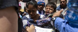 Usa, Onu a Trump: 'Inaccettabile separare migranti dai figli'. Deputato dem: 'Bimbi chiusi in gabbie'. Melania critica il marito