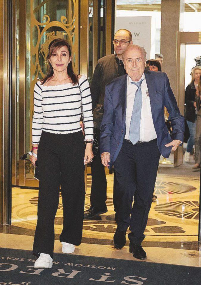 """L'impresentabile Blatter """"riabilitato"""" da Putin"""