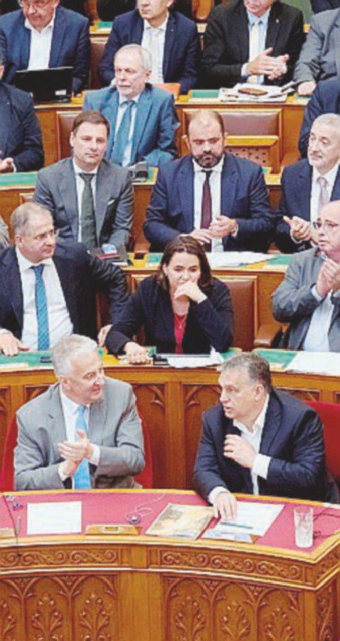 Orbán chiude le porte: nella Costituzione vietato accogliere gli stranieri