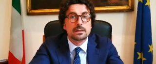 """Migranti, Toninelli: """"Sequestreremo nave ong Lifeline, agisce in acque libiche fuori dal diritto internazionale"""""""