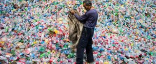 Plastica, dal 2021 al bando quella usa e getta: dai cotton fioc ai piatti. Ecco i materiali alternativi