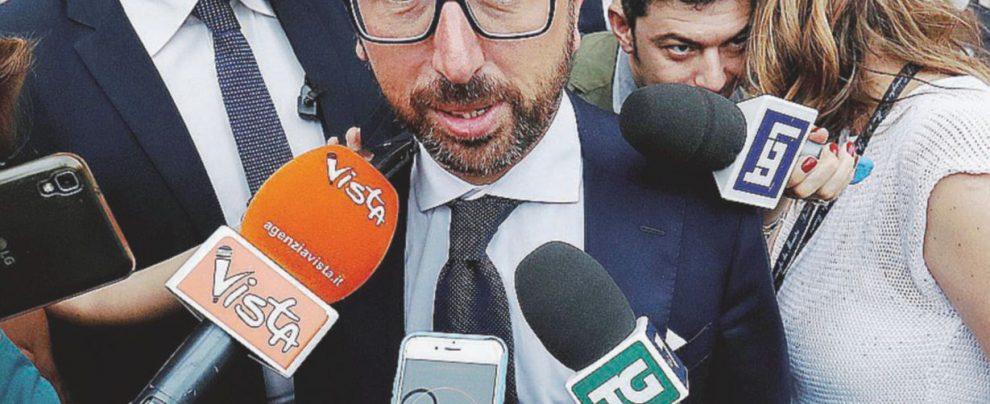 """Intercettazioni, Bonafede: """"La riforma sarà bloccata"""". Correttivi e proroga: ecco come potrebbe accadere"""