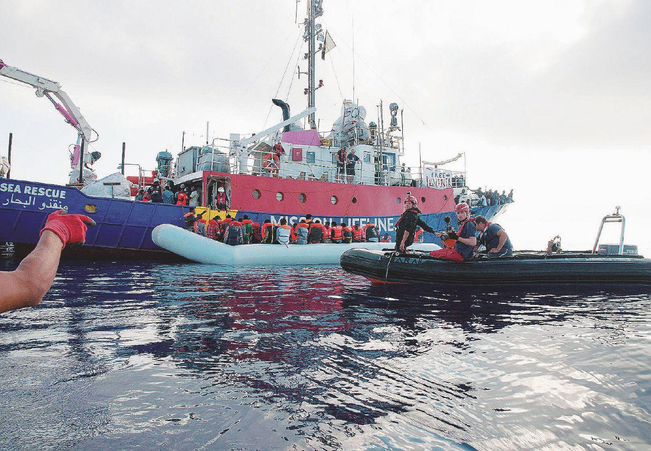 In Edicola sul Fatto Quotidiano del 23 giugno: Migranti, Malta mente e risponde picche all'Italia