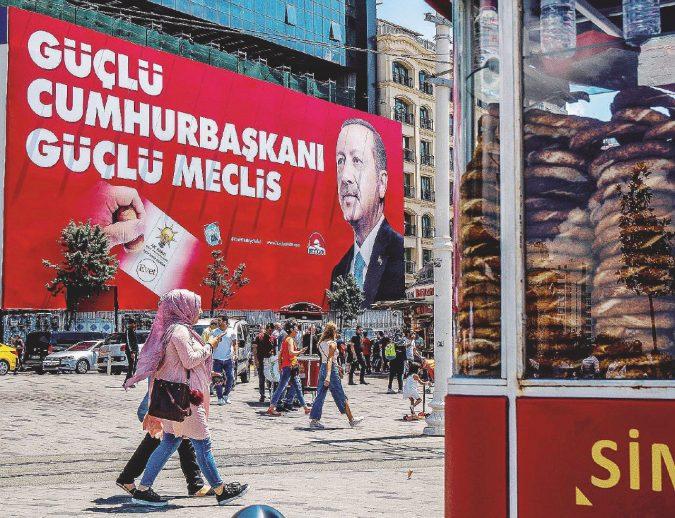 Ankara, scontro di civilità per un posto sull'autobus