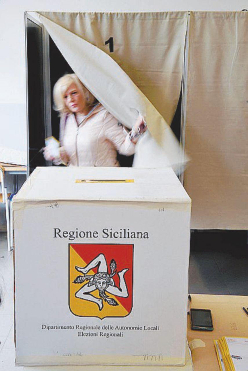 Nel paese che ha metà degli elettori all'estero e non può eleggere il sindaco