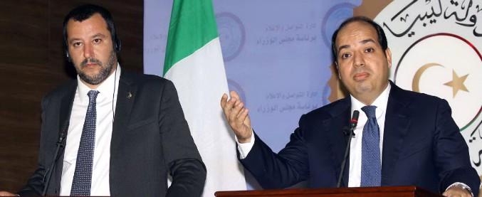 """Migranti, Salvini in Libia: """"Hotspot nel sud del Paese"""". Vicepremier di Tripoli: """"Rifiutiamo categoricamente"""""""