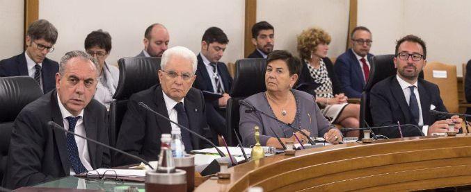 """Giustizia, il ministro Bonafede al Csm: """"Impedire che magistrati dopo politica possano tornare a indagare o giudicare"""""""