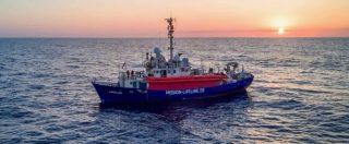 """Lifeline, la nave ha attraccato a Malta. 8 Paesi: """"Sì a redistribuzione dei migranti"""" Ma Berlino si tira fuori: """"Nessuno da noi"""""""