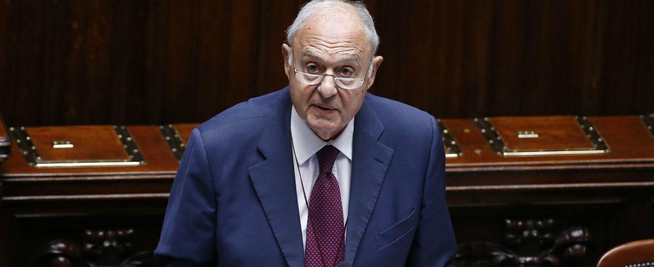 Paolo Savona, il ministro degli Affari Europei indagato dalla procura di Campobasso