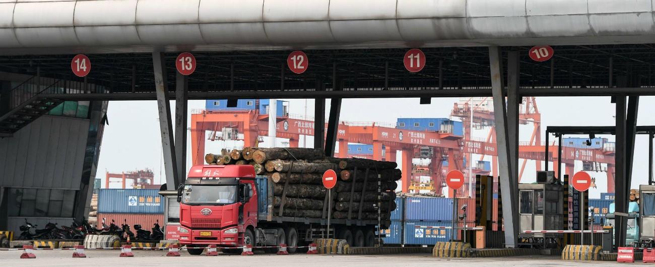 Cina, in sciopero anche i camionisti. Il governo censura le notizie sulle proteste che mettono a rischio l'economia