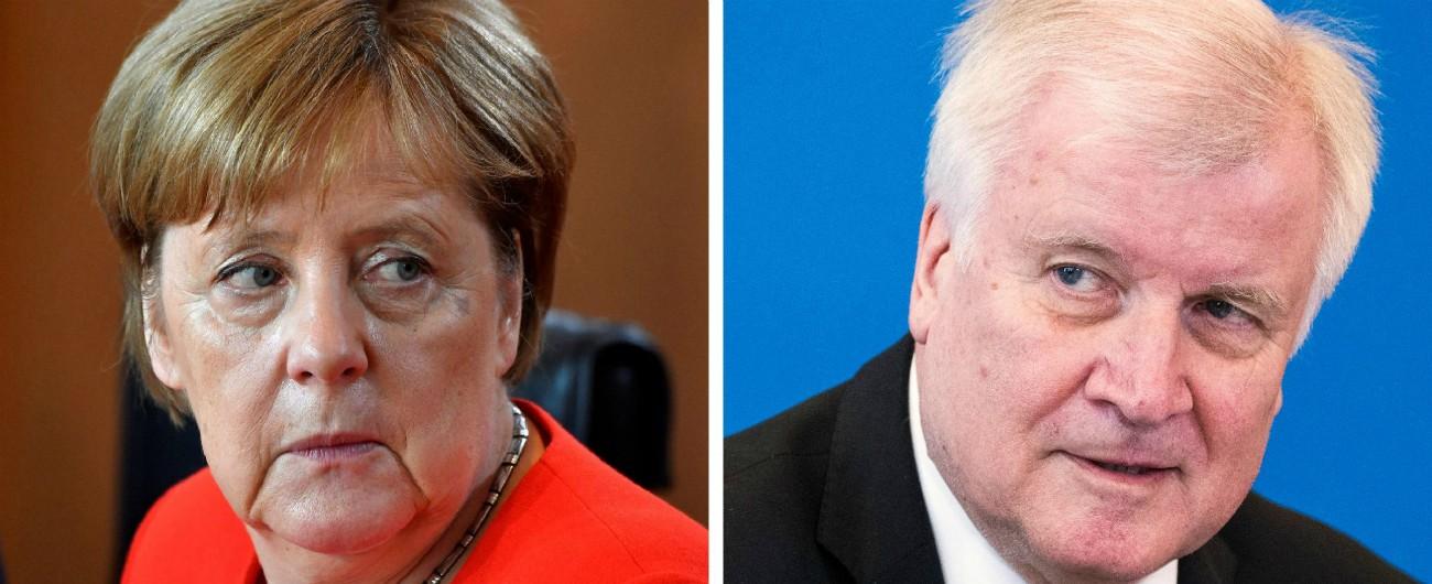 Germania, ministro dell'Interno Seehofer (Csu) boccia l'intesa raggiunta da Merkel in Ue sui migranti. Governo a rischio