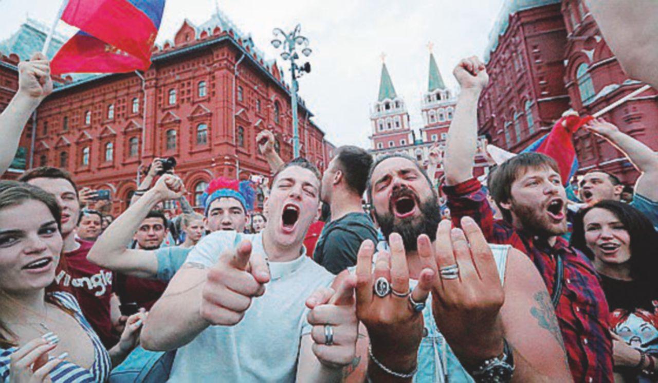 L'Armata Russa butta fuori le Furie Rosse: Putin esulta