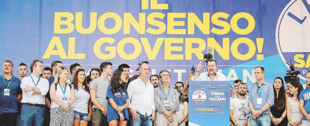 """Salvini celebra se stesso: """"Governeremo per 30 anni"""""""