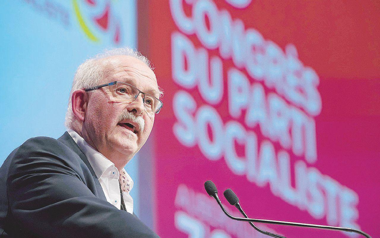 """""""Così un partito locale di destra tiene in scacco la Germania: vergogna"""""""