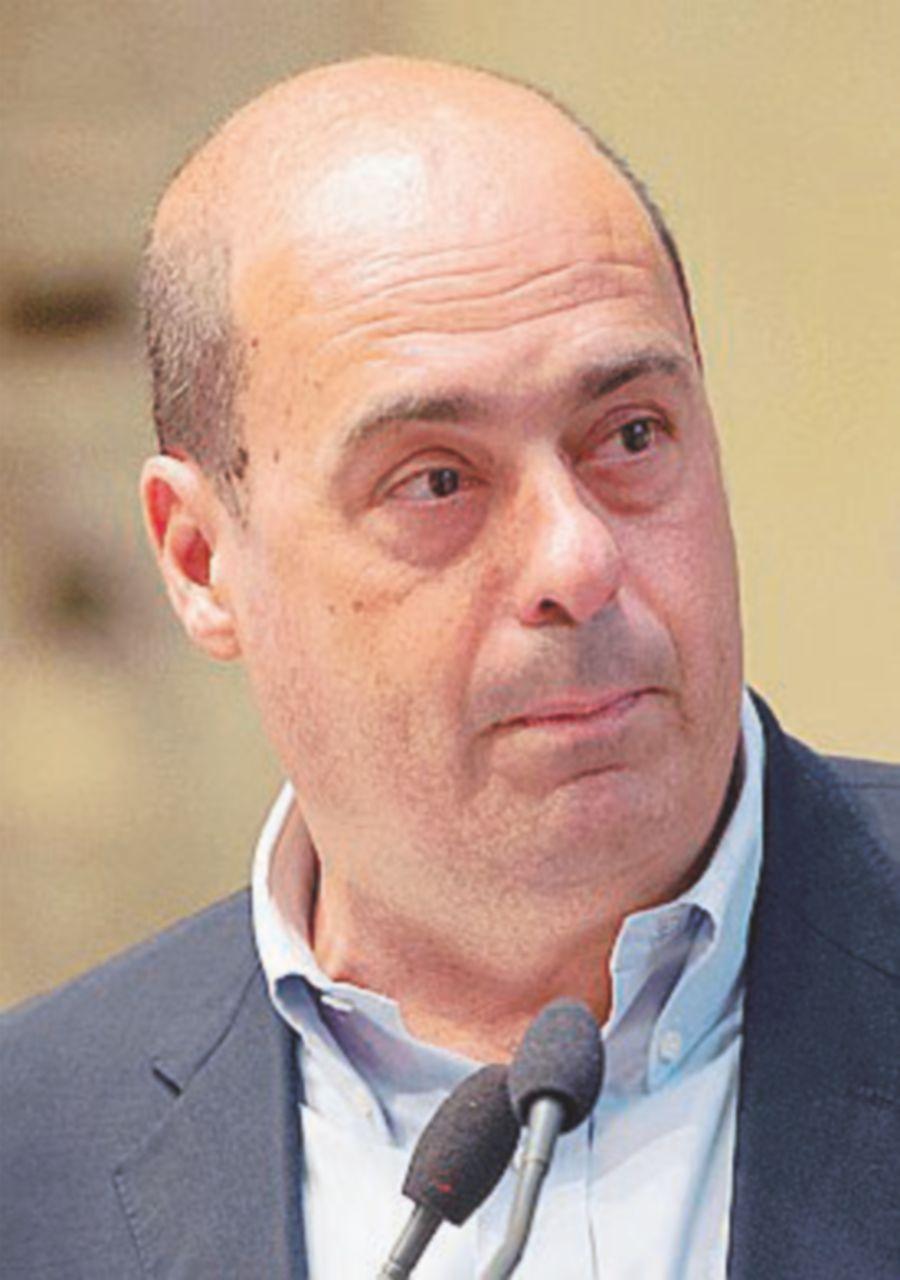 Zingaretti vuole il congresso a marzo, Renzi cerca il rinvio