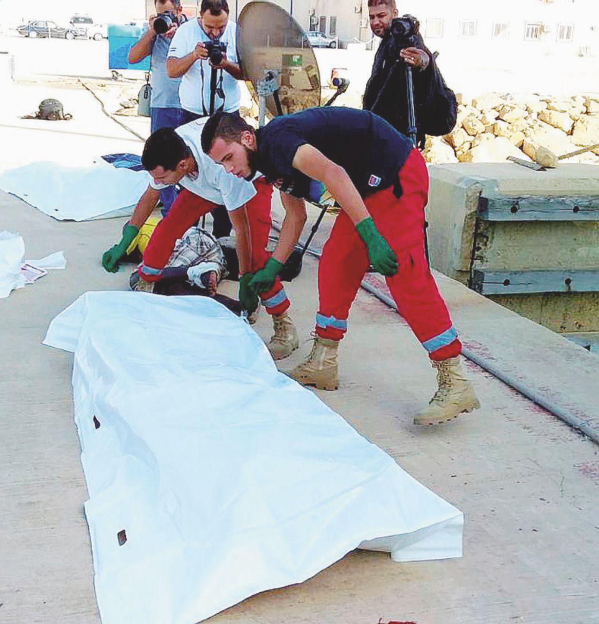 """Libia, altri 114 morti in mare. L'Ue: """"Non li riportiamo lì"""""""