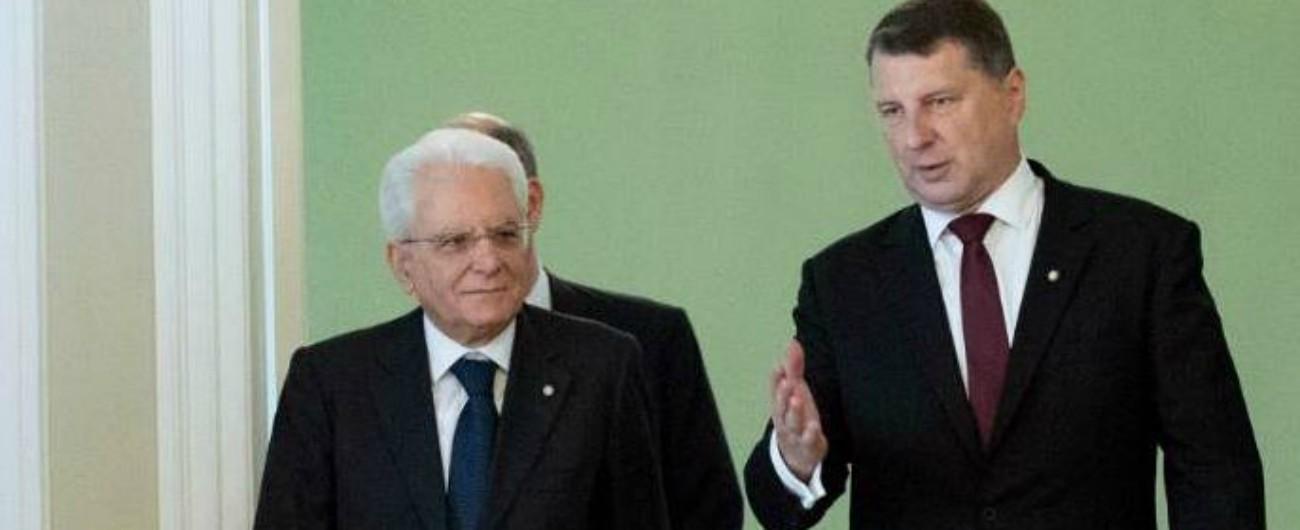 """Migranti, Mattarella: """"Nessun Paese Ue può affrontare da solo la questione"""""""