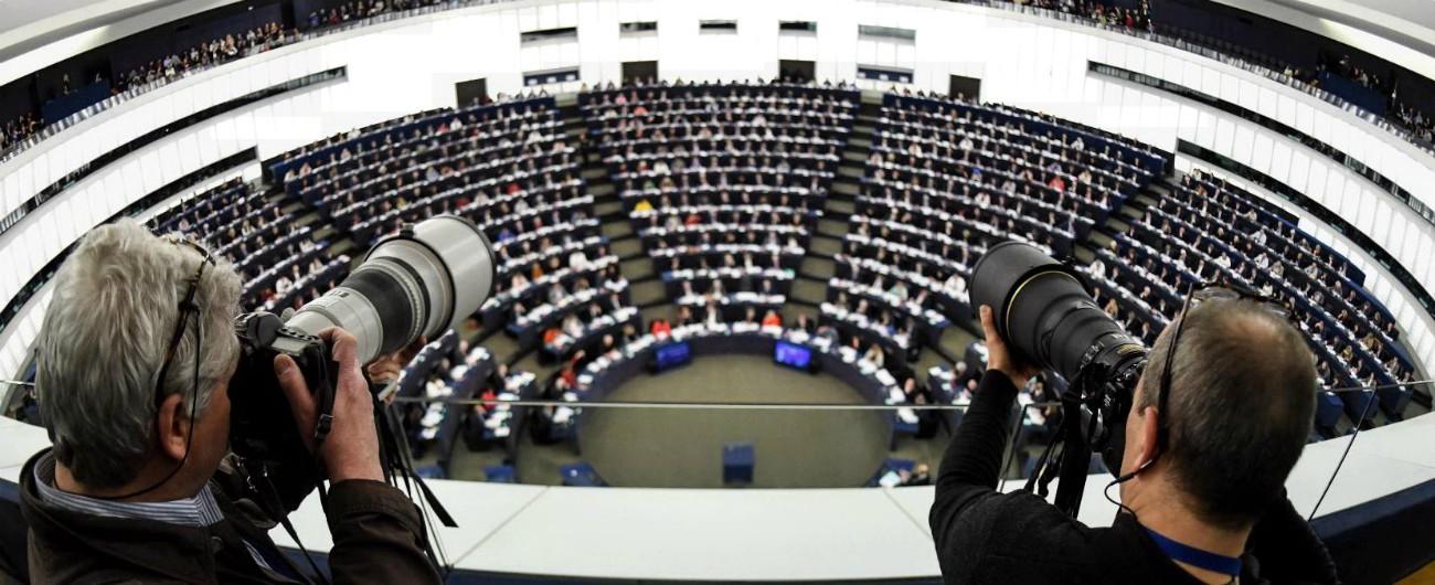 Risultati immagini per Copyright, Parlamento Ue