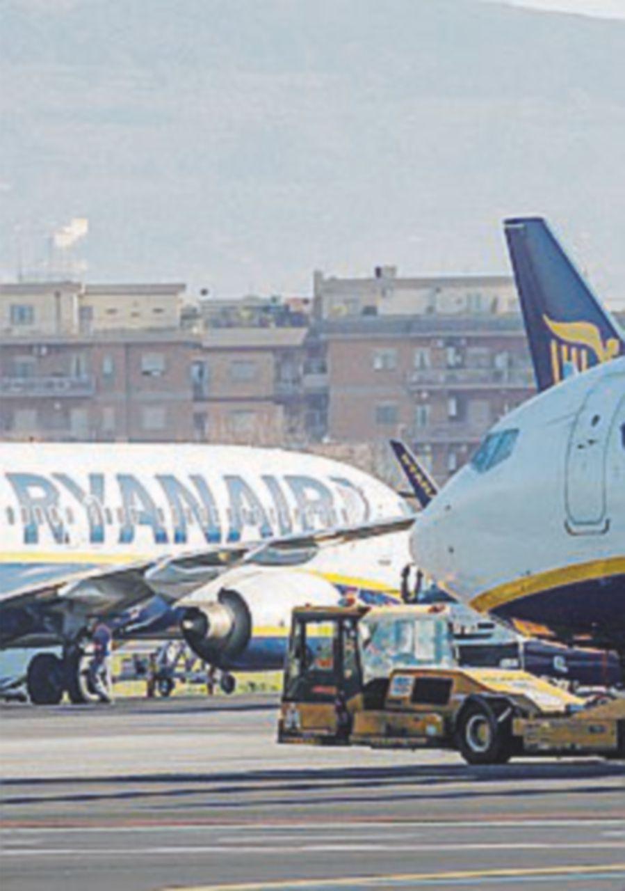 Sindacati contro la Ryanair: sciopero in cinque Paesi