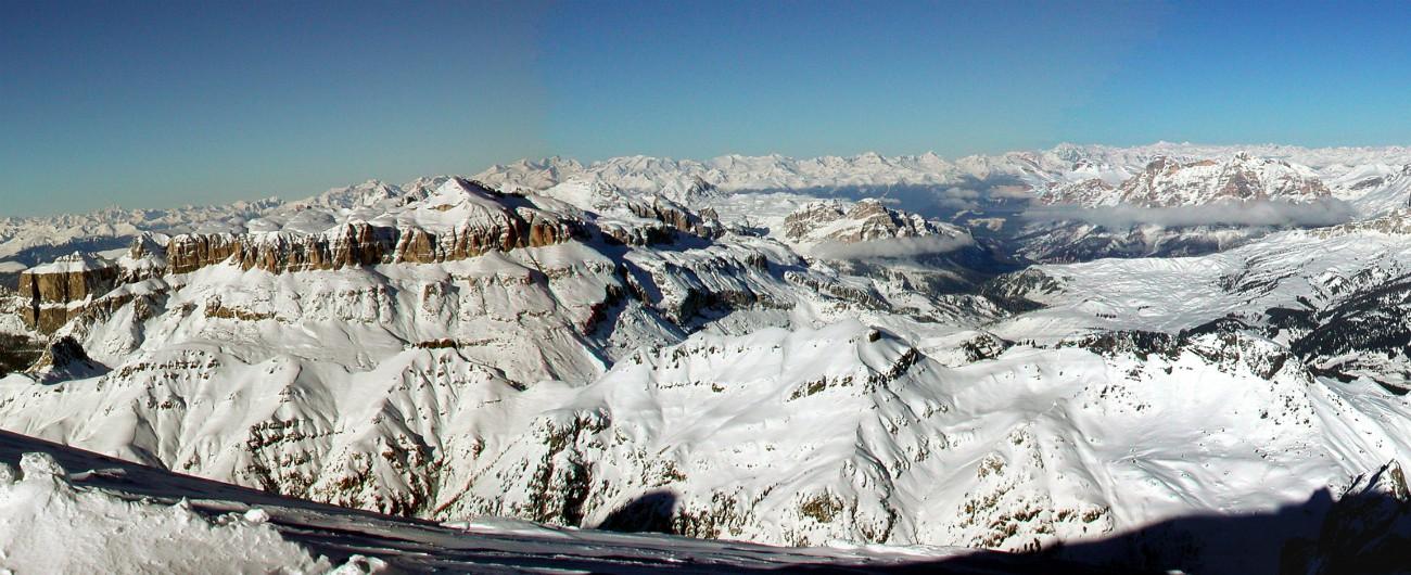 Marmolada, la cima delle Dolomiti passa dal Veneto al Trentino. Come nel 1911