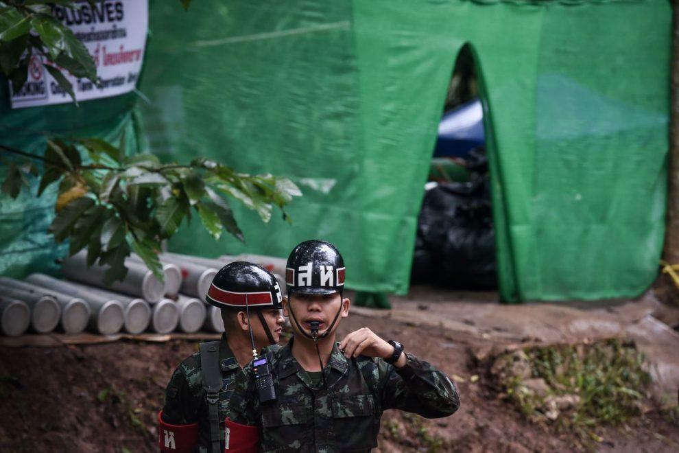 Risultati immagini per Thailandia, i primi sei ragazzini portati fuori dalle grotte