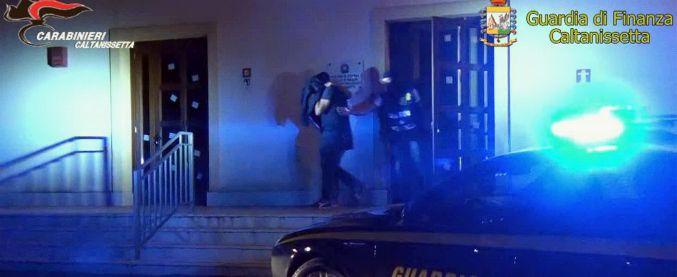 """Caltanissetta, """"comitato d'affari nel comune di San Cataldo"""": 16 misure. Arrestato anche un carabiniere"""