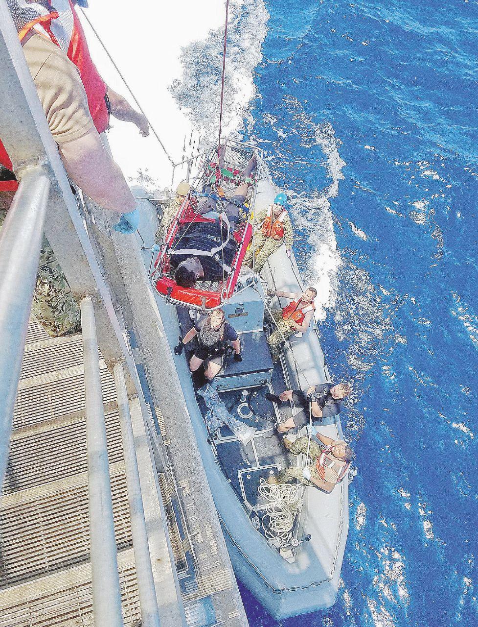 Salvini ferma nave italiana. Conte vuole metterlo in riga