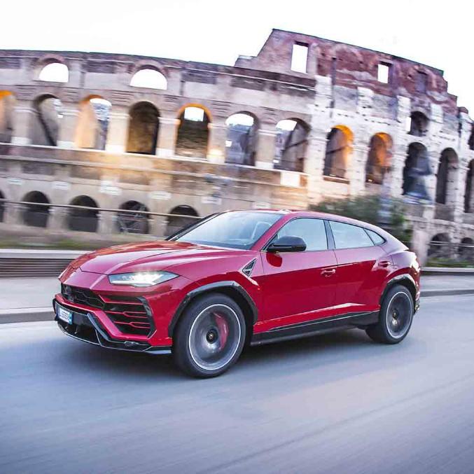 Lamborghini apre uno showroom nel centro di Roma