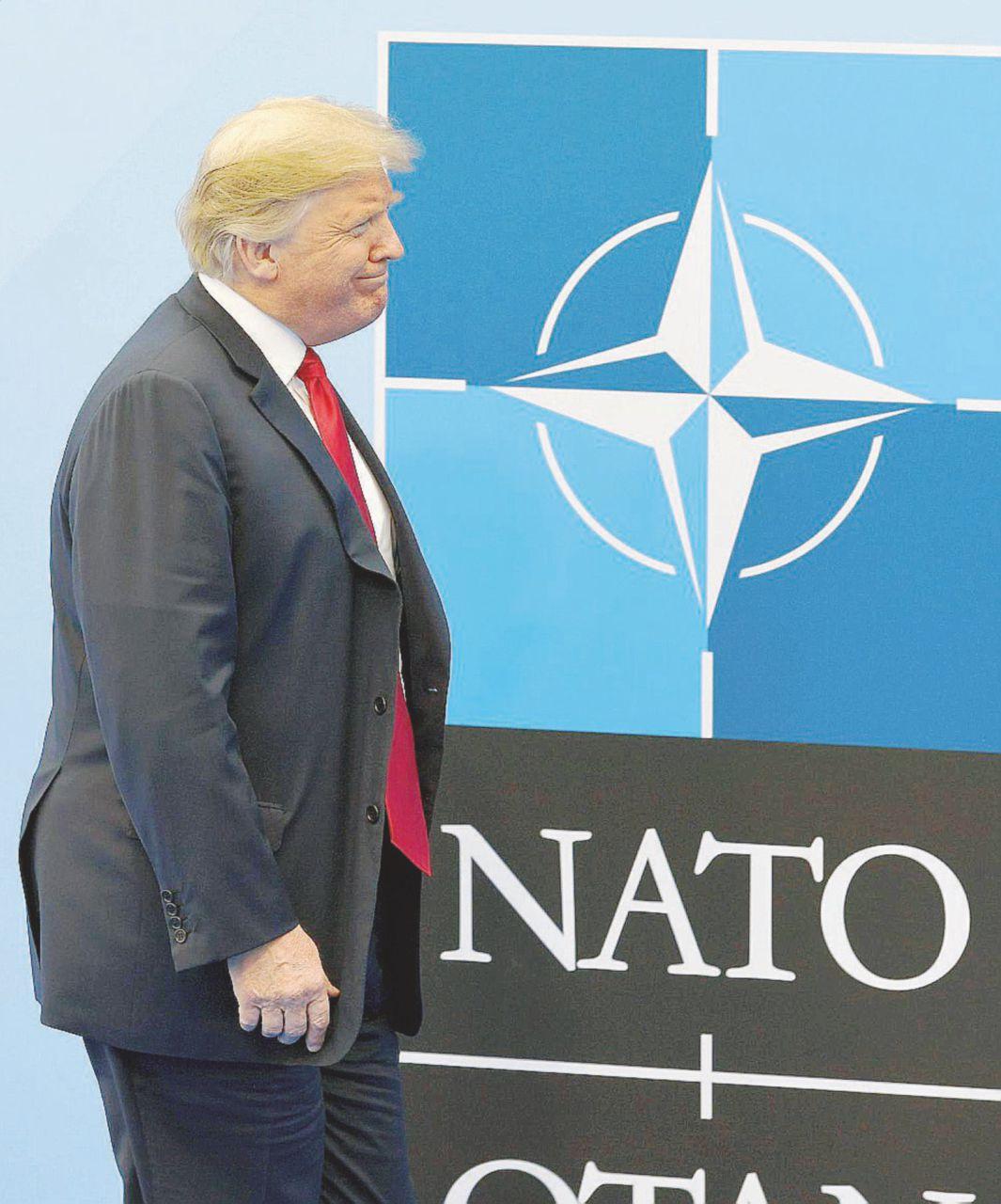 """""""Dateci più soldi"""": Trump il 'bomba' e la Nato riluttante"""