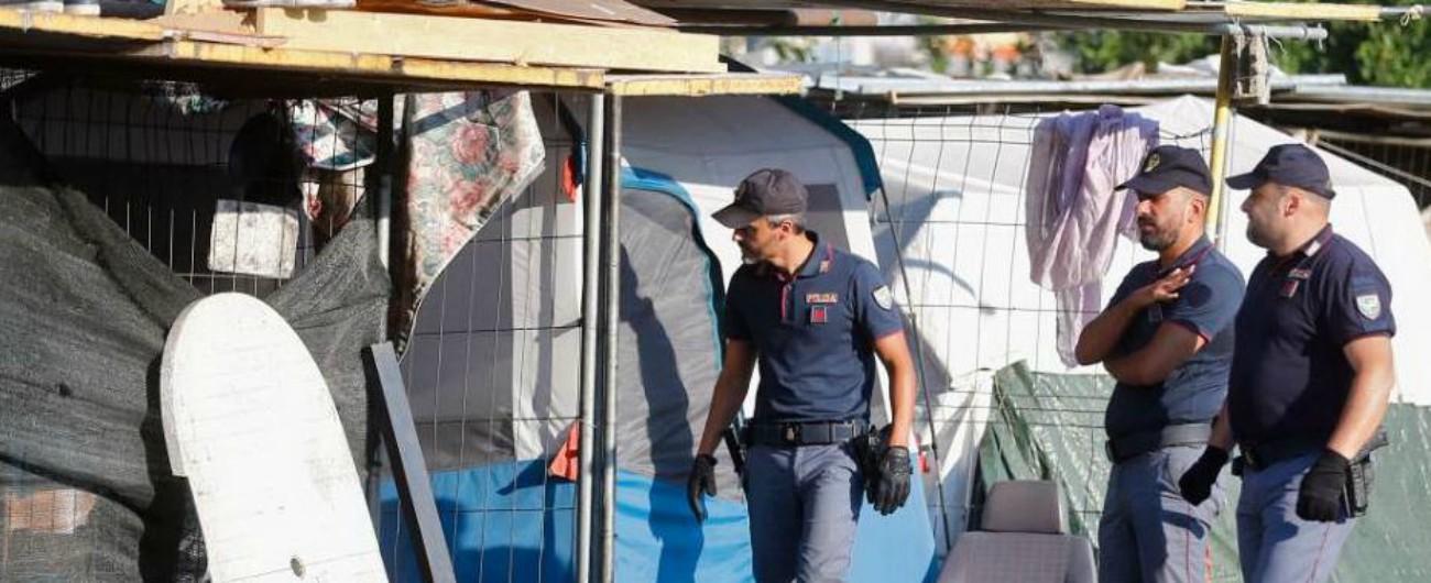 """Migranti, a Roma blitz della polizia al campo della stazione Tiburtina. Baobab: """"Nessuna soluzione abitativa alternativa"""""""