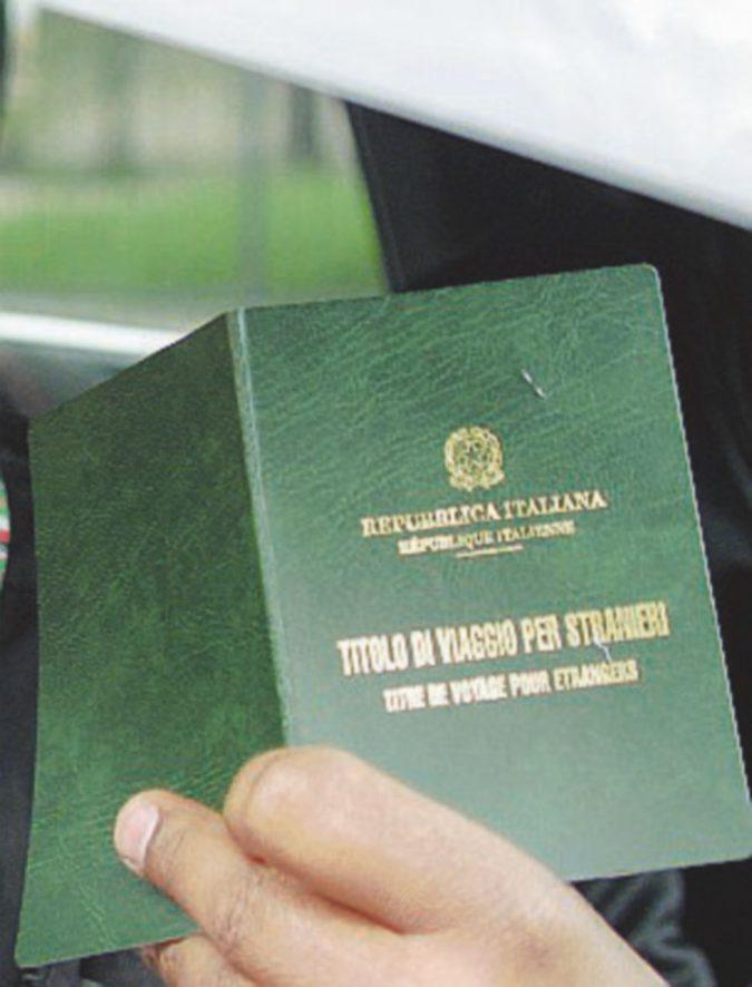 Ventimiglia, in piazza per un passaporto europeo per i rifugiati