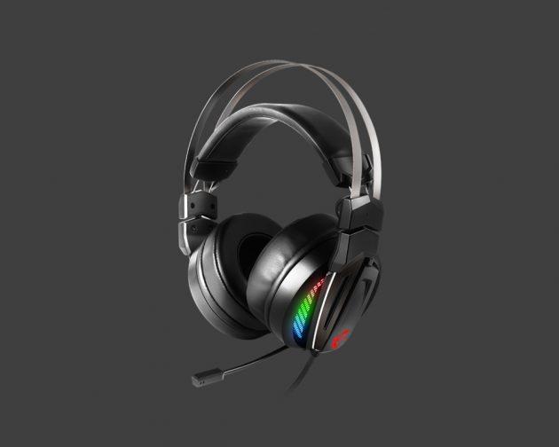MSI Immerse GH70: Ottimo comfort e design, microfono migliorabile