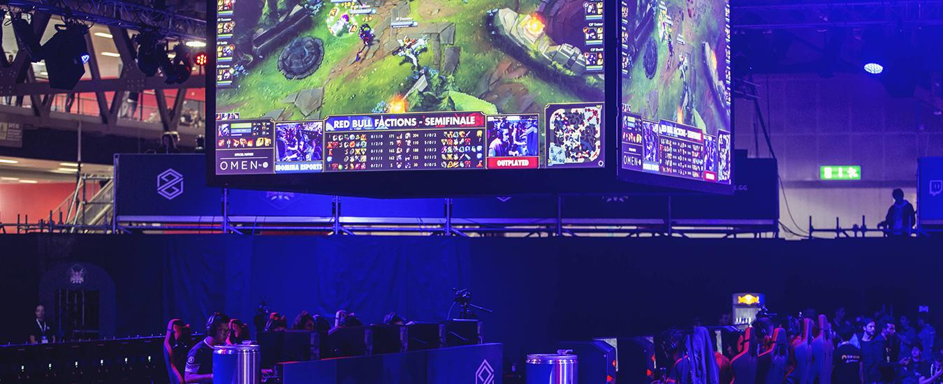 "Red Bull Factions: il torneo di League of Legends ""a fazioni"" ritorna alla Milan Games Week 2018"