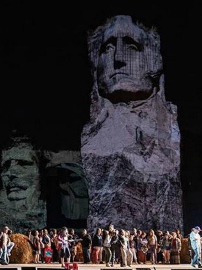 Opera di Roma, a Caracalla la Carmen messicana di Valentina Carrasco: Bizet nell'era Trump, tra violenza, migranti e femminicidi